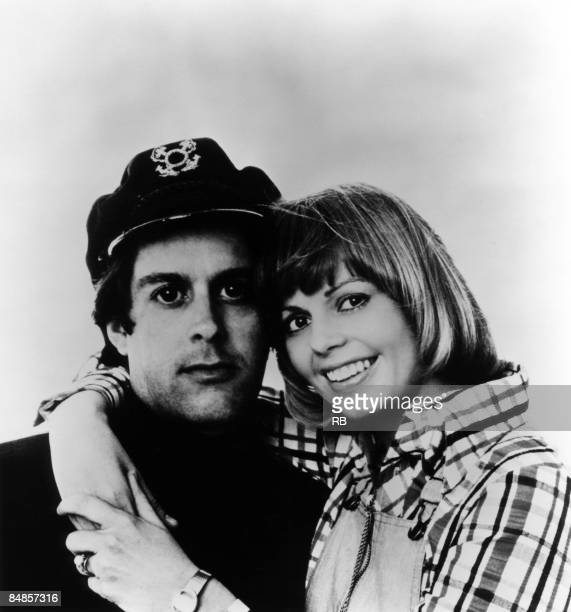 Photo of CAPTAIN & TENNILLE; Posed group portrait of 'Captain' Daryl Dragon and wife Toni Tennille,