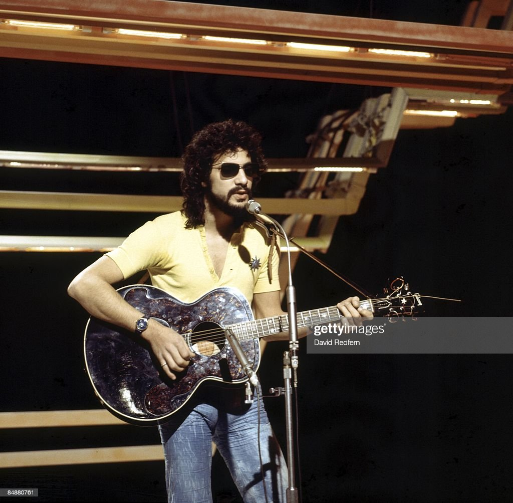 CENTRE Photo of Cat STEVENS, performing live on 'Into '71' TV show