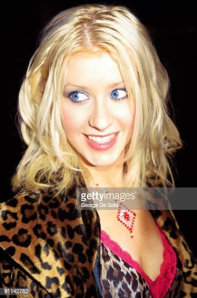 Photo of Christina AGUILERA Photo by George De Sota /Redferns