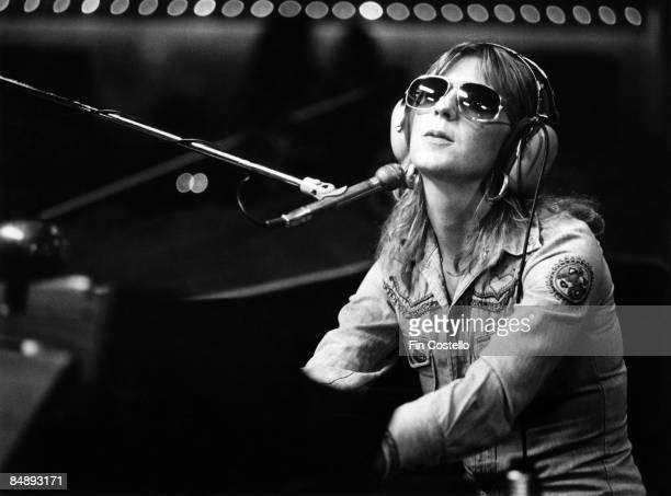 HAVEN Photo of Christine McVIE and FLEETWOOD MAC Christine McVie in recording studio wearing sunglasses