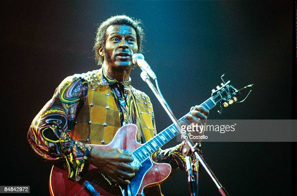 THEATRE Photo of Chuck BERRY Chuck Berry performing on stage