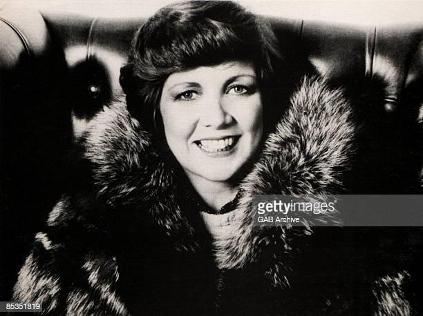 Photo of Cilla BLACK; Portrait in fur coat