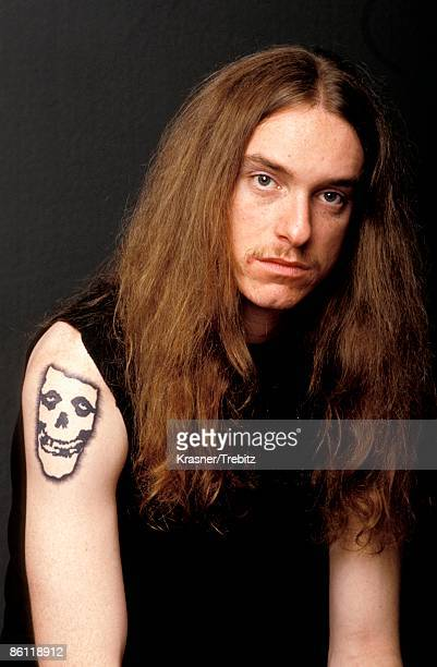 Photo of Cliff BURTON and METALLICA Cliff Burton posed studio