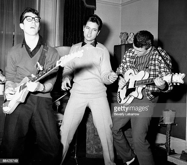 Photo of Cliff RICHARD and SHADOWS; posed with The Shadows - L-R: Hank Marvin, Cliff Richard, Bruce Welch - c.1959