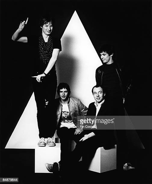 Photo of Colin MOULDING and XTC and Andy PARTRIDGE and Terry CHAMBERS LR Andy Partridge Terry Chambers Barry Andrews Colin Moulding
