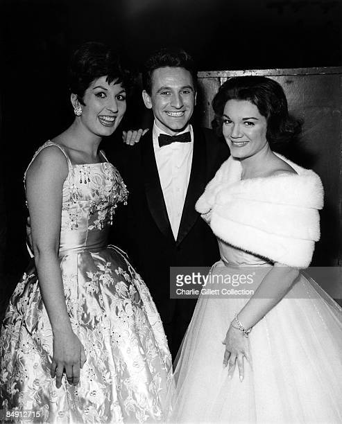 Photo of Connie FRANCIS and Alma COGAN and Lonnie DONEGAN LR Alma Cogan Lonnie Donegan and Connie Francis posed