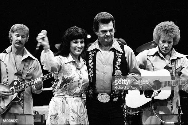 Photo of Conway TWITTY and Loretta LYNN; with Conway Twitty