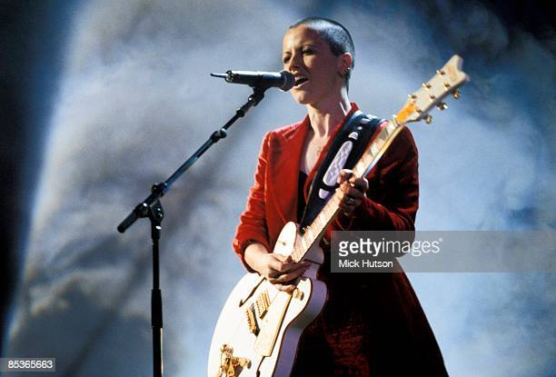 Photo of CRANBERRIES At the MTV awards