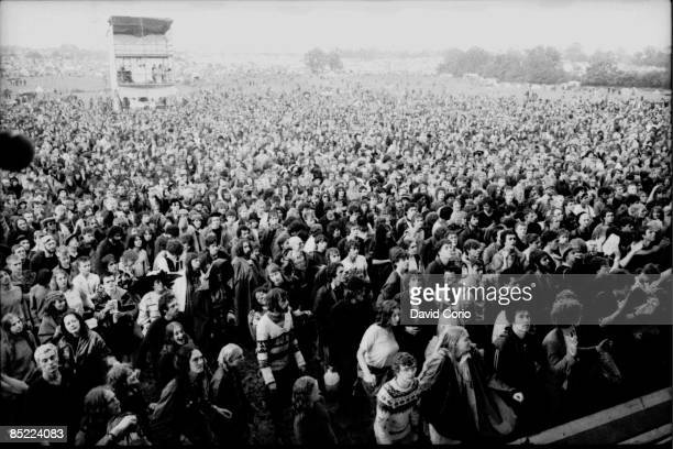 FESTIVAL Photo of CROWDS Crowd at Glastonbury 18 June 1982