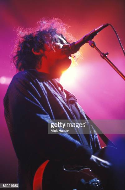 Photo of CURE and Robert SMITH Robert Smith performing live onstage