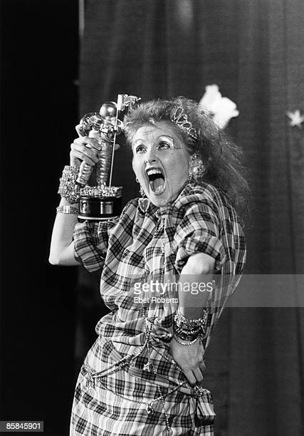 UNITED KINGDOM JANUARY 01 MTV AWARDS EUROPE Photo of Cyndi LAUPER
