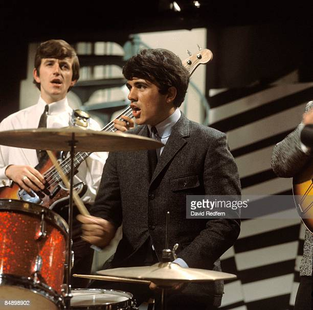 GO Photo of Dave CLARK Five performing at Television House Kingsway