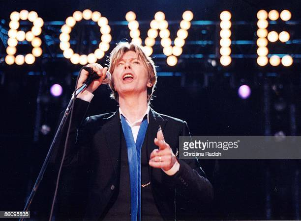 Photo of David BOWIE; performing live onstage at Verizon Amphitheater