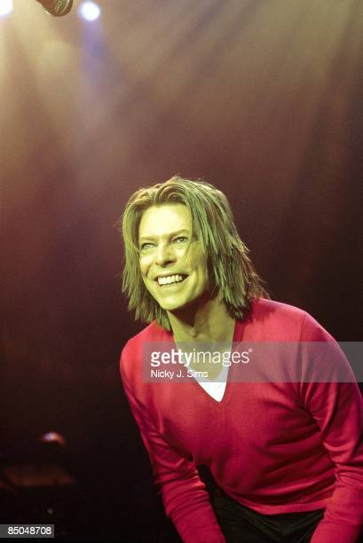 ASTORIA Photo of David BOWIE performing live onstage on 'hours' promotional tour