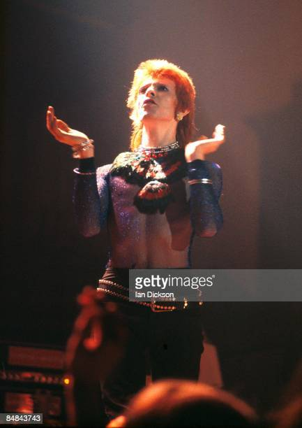 HALL Photo of David BOWIE performing live onstage on Ziggy Stardust tour