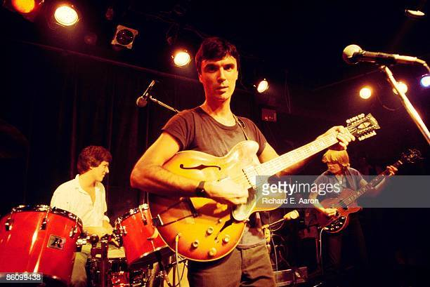 Photo of David BYRNE and TALKING HEADS