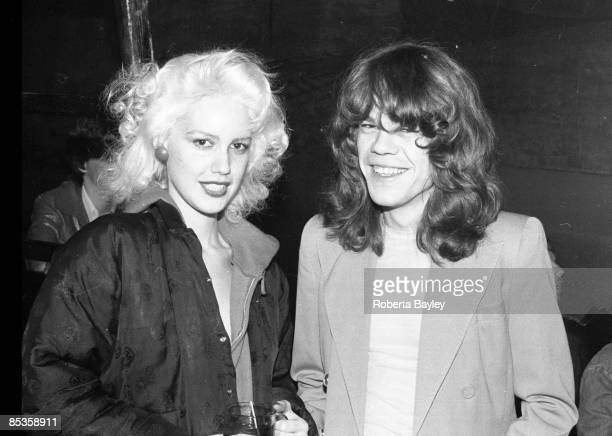 S Photo of David JOHANSEN and Cyrinda FOXE and NEW YORK DOLLS LR Cyrinda Foxe David Johansen