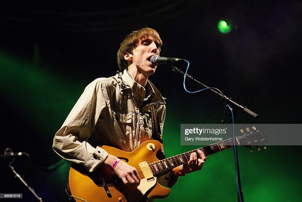 SOUND Photo of DEERHUNTER and Bradford COX, Bradford Cox performing on stage