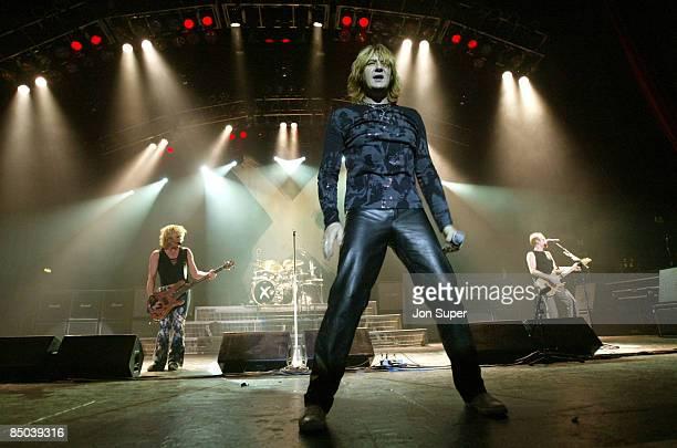APOLLO Photo of Def Leppard Def Leppard play the Manchester Apollo