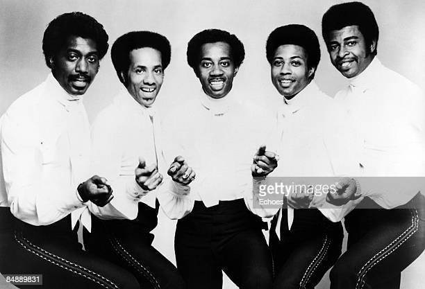 Photo of Dennis EDWARDS and TEMPTATIONS and Richard STREET and Otis WILLIAMS and Melvin FRANKLIN and Glenn LEONARD, L-R: Otis Williams, Richard...