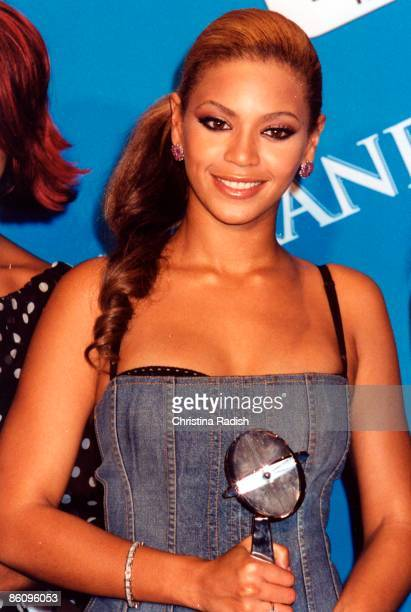 AWARDS Photo of DESTINY'S CHILD and Beyonce KNOWLES Beyonce Knowles
