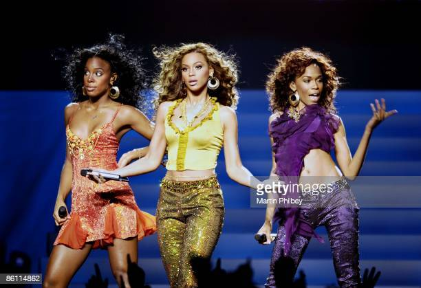 PARK Photo of DESTINY'S CHILD Kelly Rowland Beyonce Knowles Michelle Williams