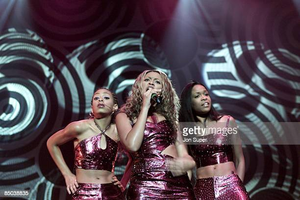 Photo of DESTINY'S CHILD live at Manchester Evening News Arena