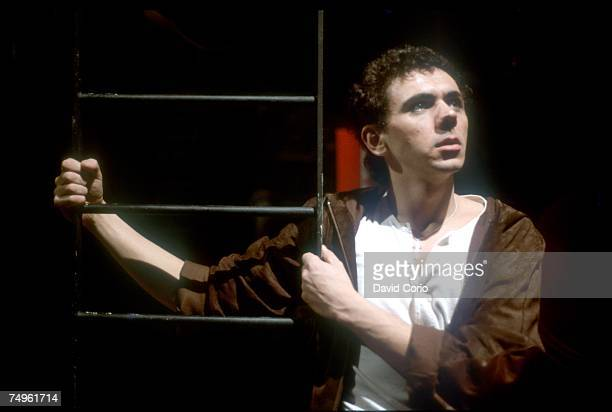 Photo of Dexys MIDNIGHT RUNNERS Kevin Rowland of Dexys Midnight Runners posed backstage at The Venue London in 1981