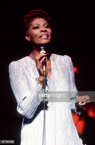 Photo of Dionne WARWICK