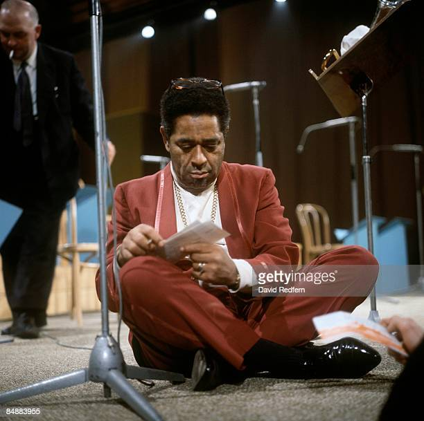 MALTINGS Photo of Dizzy GILLESPIE posed on set of TV show