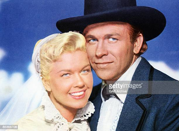 Photo of Doris DAY and Howard KEEL in 'Calamity Jane' with Doris Day