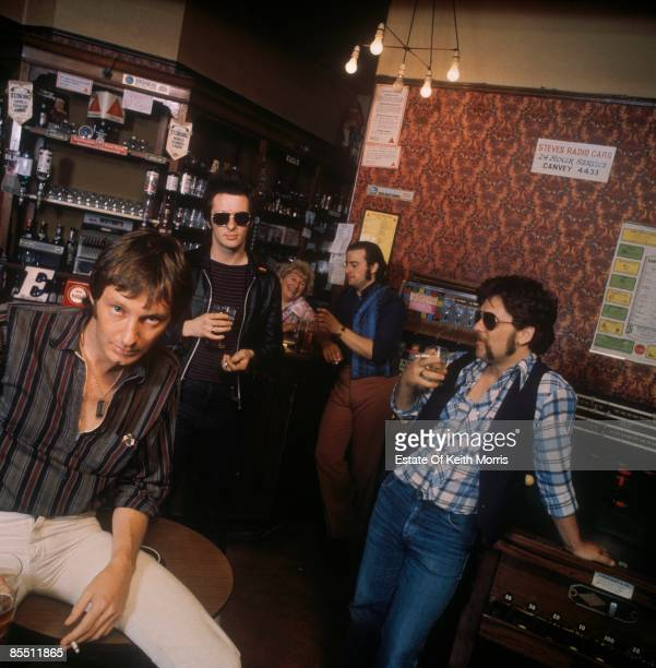 ISLAND Photo of DR FEELGOOD Posed group shot 'Be Seeing You' LP cover session LR Lee Brilleaux John 'Gypie' Mayo John Martin John B Sparks