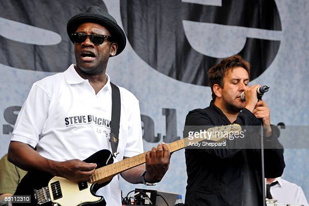 FESTIVAL Photo of DUB PISTOLS and Terry HALL Terry Hall performing on stage