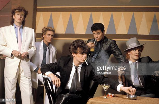 Photo of DURAN DURAN LR John Taylor Simon Le Bon Andy Taylor Roger Taylor Nick Rhodes posed studio group shot