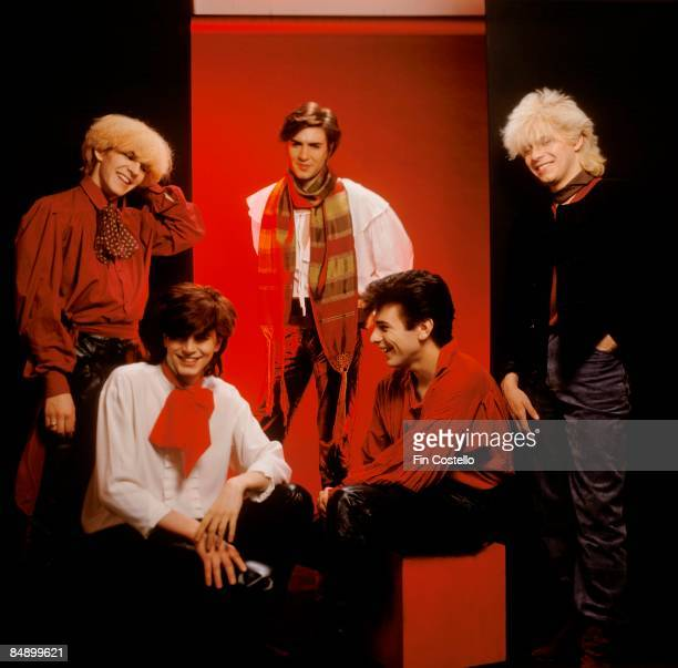 Photo of DURAN DURAN LR Nick Rhodes Simon Le Bon Andy Taylor John Taylor Roger Taylor posed studio group shot