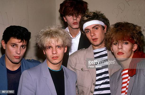 Photo of DURAN DURAN LR Roger Taylor Andy Taylor John Taylor Simon Le Bon Nick Rhodes posed group shot