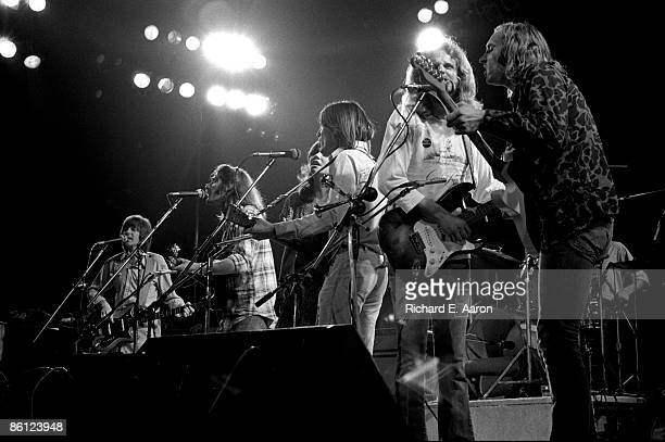 Photo of EAGLES and Glenn FREY and Linda RONSTADT and Jackson BROWNE and Joe WALSH and Randy MEISNER and Don FELDER LR Randy Meisner Glenn Frey Linda...