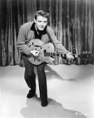 Photo of eddie cochran picture id73990641?s=170x170