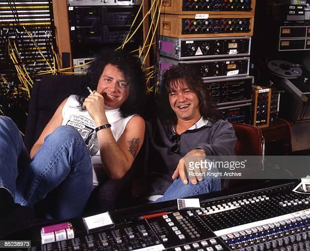 Photo of Eddie VAN HALEN and Steve LUKATHER and Eddie VAN HALEN LR Steve Lukather Eddie Van Halen