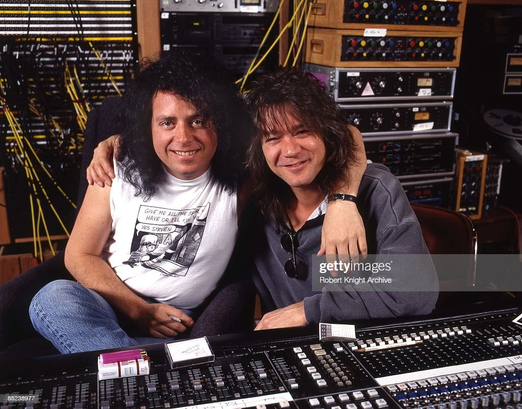 Photo of Eddie VAN HALEN and Steve LUKATHER and Eddie VAN HALEN : News Photo
