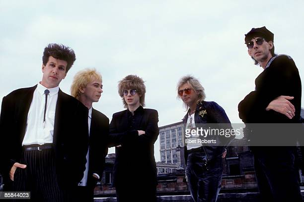 Photo of Elliot EASTON and CARS and Benjamin ORR and Ric OCASEK, L-R. David Robinson, Greg Hawkes, Elliot Easton, Benjamin Orr, Ric Ocasek