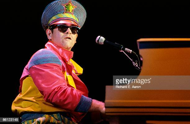 Photo of Elton JOHN performing live onstage