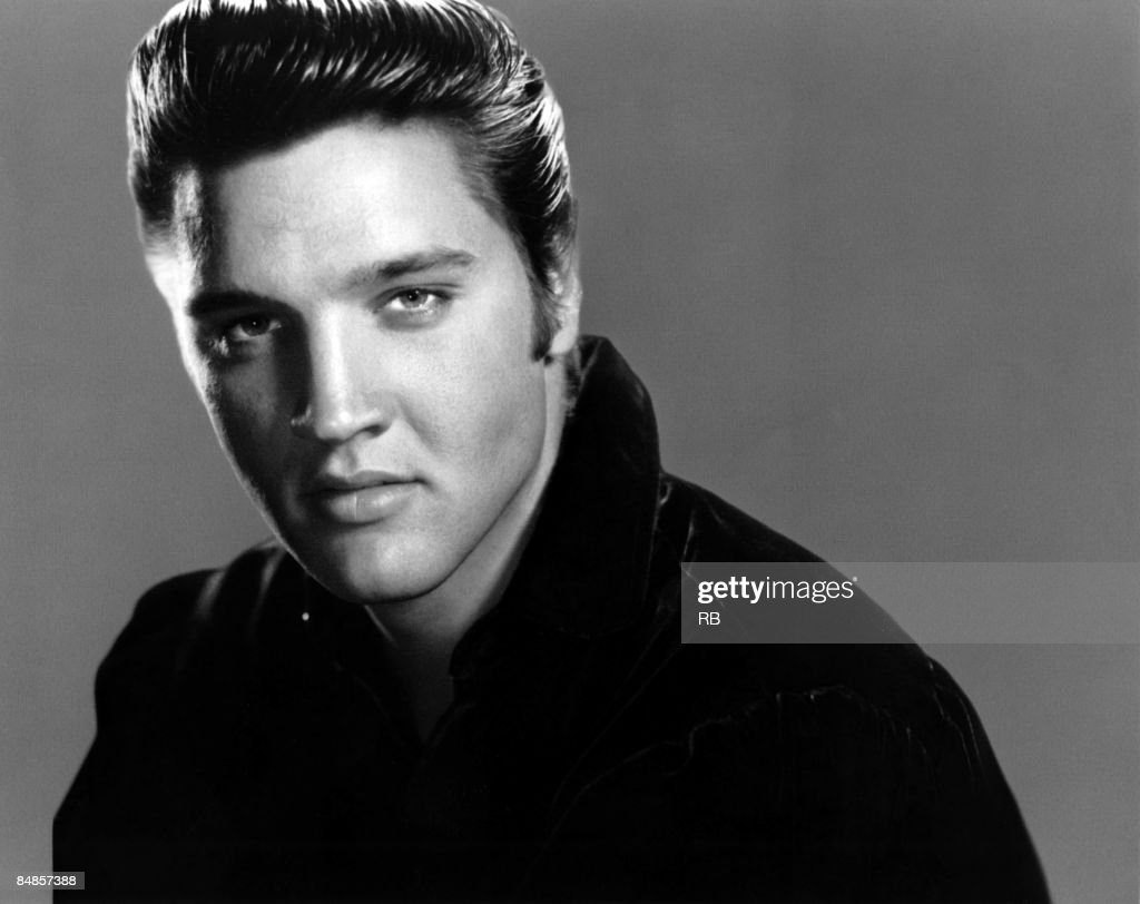Photo of Elvis PRESLEY; Posed studio portrait of Elvis Presley