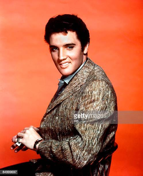 USA Photo of Elvis PRESLEY Posed studio portrait of Elvis Presley c1964/1965