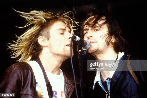 FESTIVAL Photo of Eugene KELLY and Kurt COBAIN and NIRVANA Kurt Cobain with Eugene Kelly from the Vaselines performing live onstage