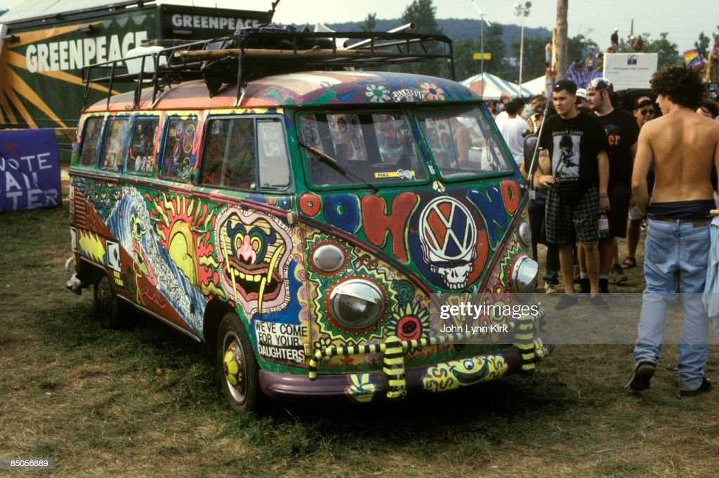 Photo of FESTIVALS and HIPPIES and WOODSTOCK 1994 : News Photo