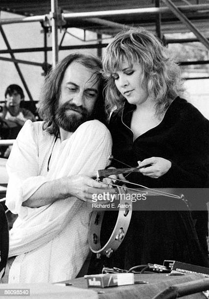 Photo of FLEETWOOD MAC and Mick FLEETWOOD and Stevie NICKS Mick Fleetwood Stevie Nicks performing live onstage at Rock N' Run benefit at UCLA