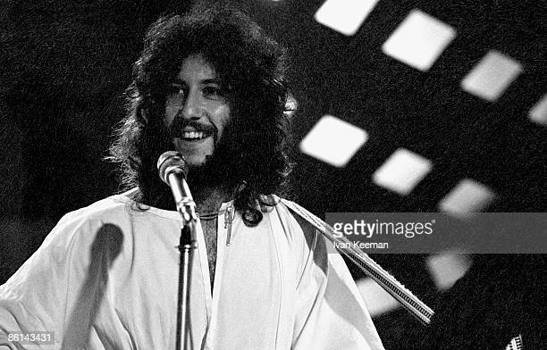 CENTRE Photo of FLEETWOOD MAC and Peter GREEN with Fleetwood Mac performing on TV Show