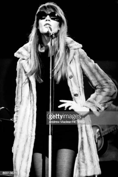 Photo of Francoise HARDY live at the Hippodrome Theatre