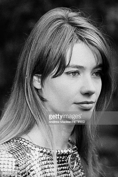 HOTEL Photo of Francoise HARDY Portrait of French singer and actress Francoise Hardy in the gardens of the Savoy Hotel
